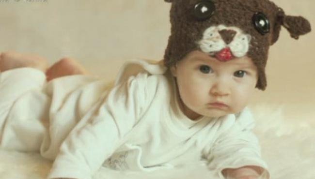 opaska dla dziecka, fotografia dziecięca, robótki ręczne na szydełku