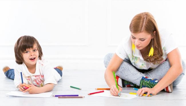 dziecko, zabawa, rysowanie, mama