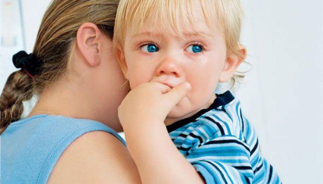 dziecko, mama, tulić, płacz, łzy