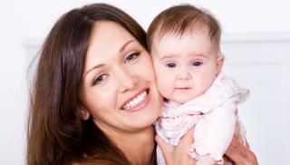 noszenie niemowlaka, noszenie dziecka, pozycje do noszenia niemowlaka