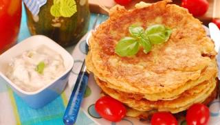 naleśniki z mozzarellą i suszonymi pomidorami, przepis na naleśniki, przepisy dla dzieci