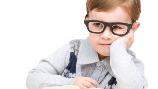 dziecko, chłopiec, nauka, zdolne dziecko, książka