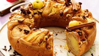Pyszne korzenne ciasto z jabłkami